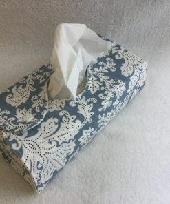 Taschentuchbox-Bezug blau-weiß